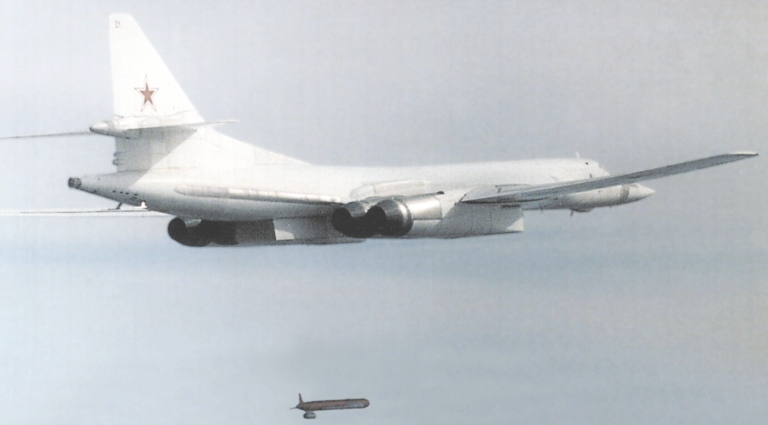 000-Kh-55-Tu-160-1S.jpg