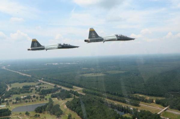1-Air-Force-pilot-dead-1-injured-in-Texas-crash.jpg