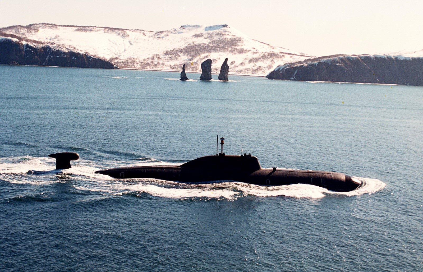 19956_military_submarine.jpg