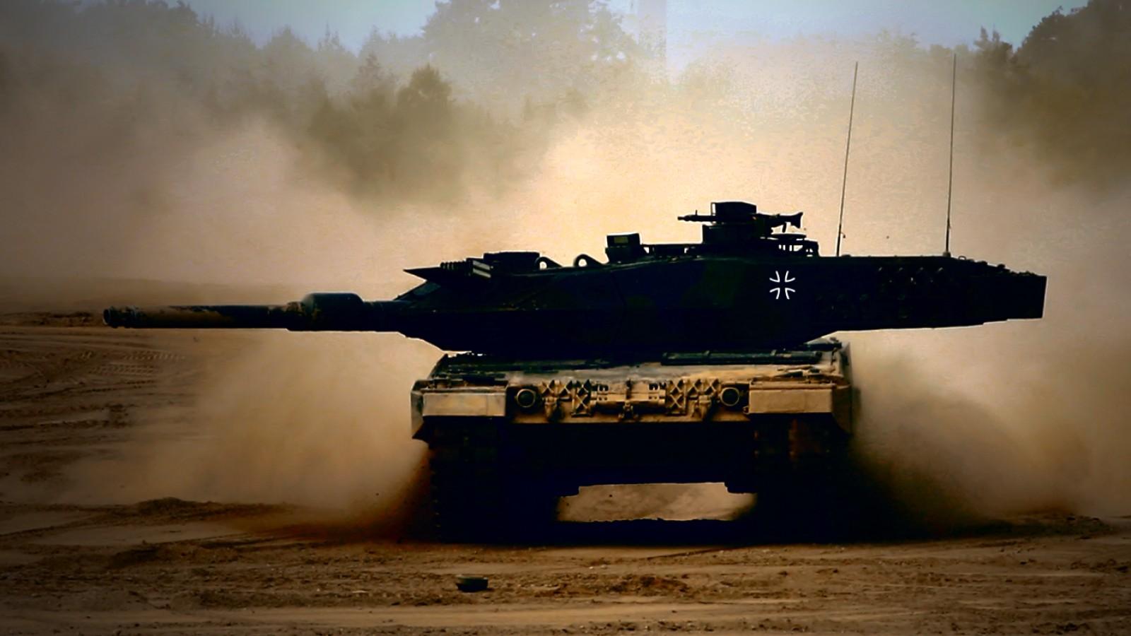 34776_tank.jpg