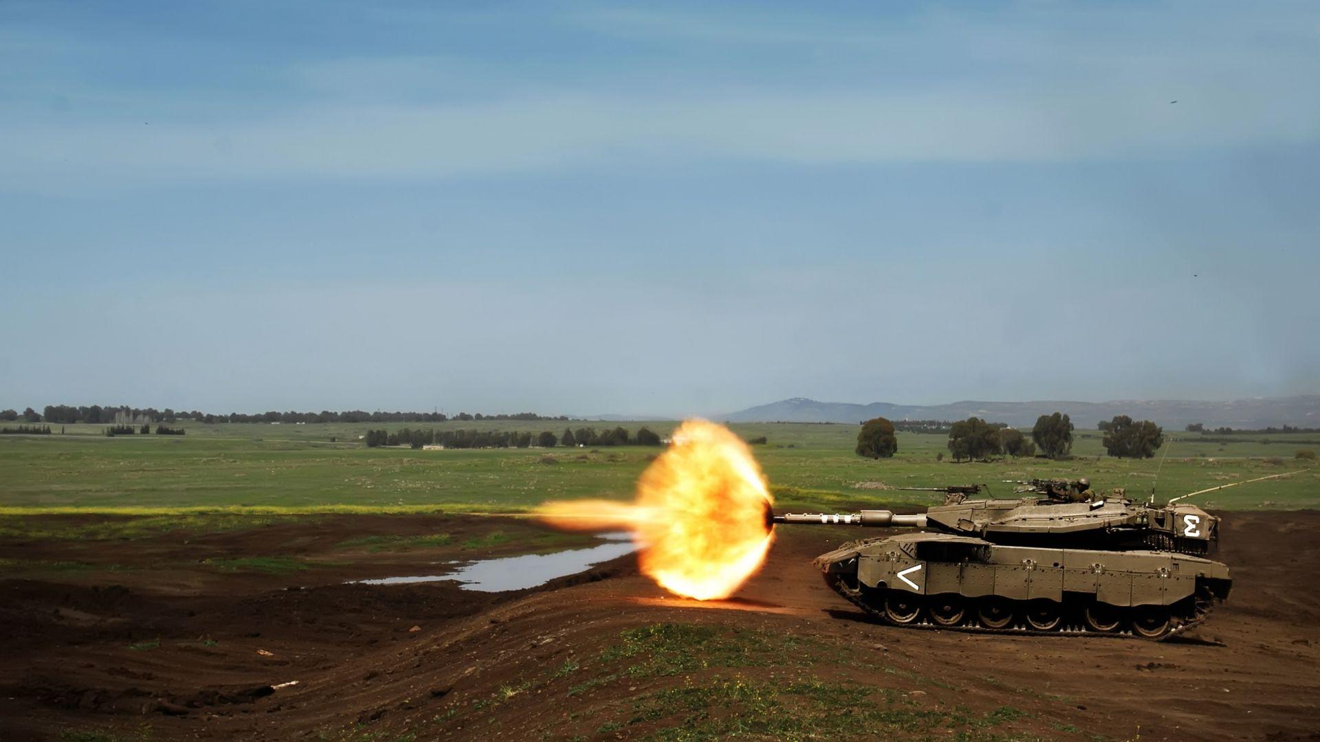 41742_tank_3_2_1_fire.jpg