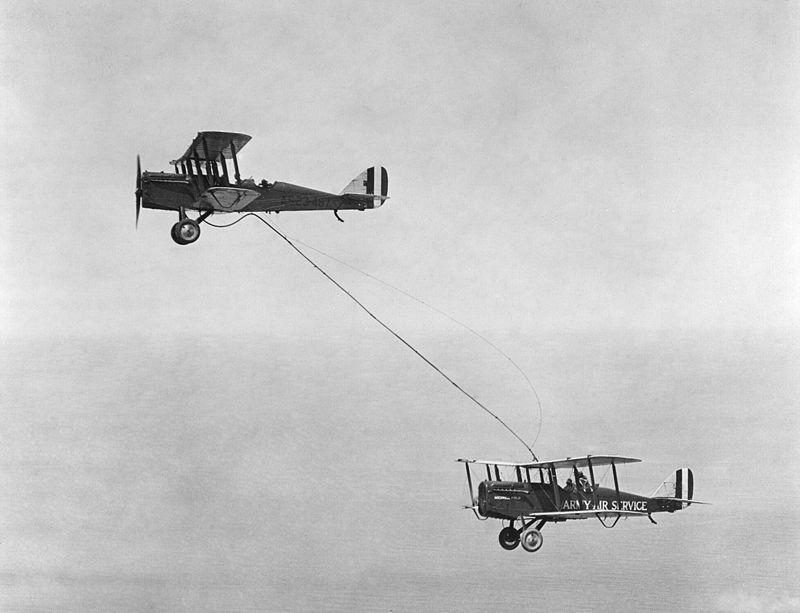800px-Refueling,_1923.jpg