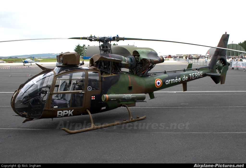 Aerospatiale SA.341 Gazelle  .jpg