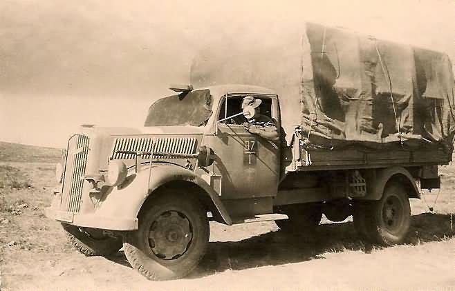 Afrika_Korps_Unit_Marked_Opel_Blitz_Truck_LKW.jpg
