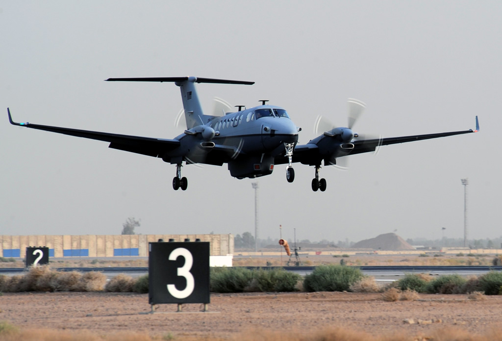 AIR_MC-12_Liberty_Lands_Balad_2009-06-10_lg.jpg