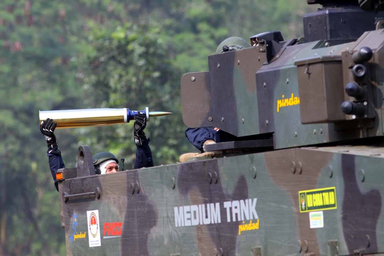 ayobdg_uji-tembak-medium-tank_ncos-8.jpg