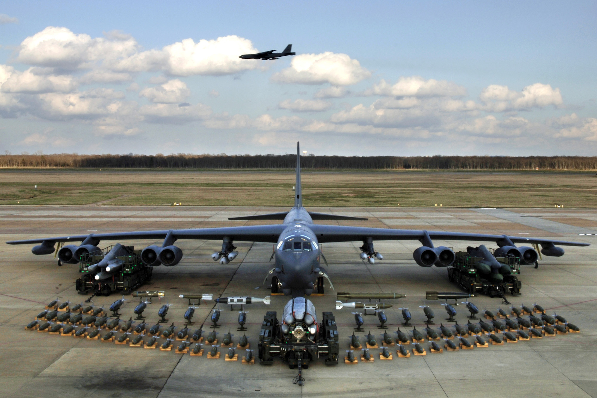 Boeing B-52H Stratofortress  .jpg