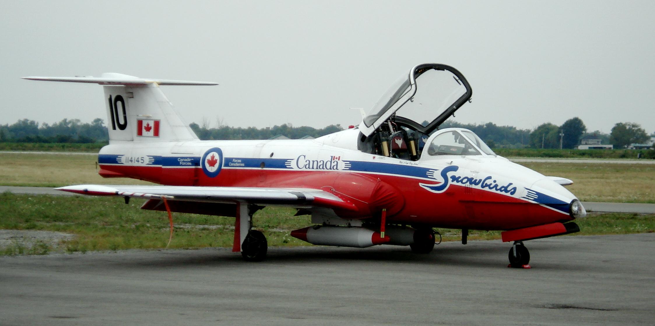 Canadair CL-41 Tutor  .jpg