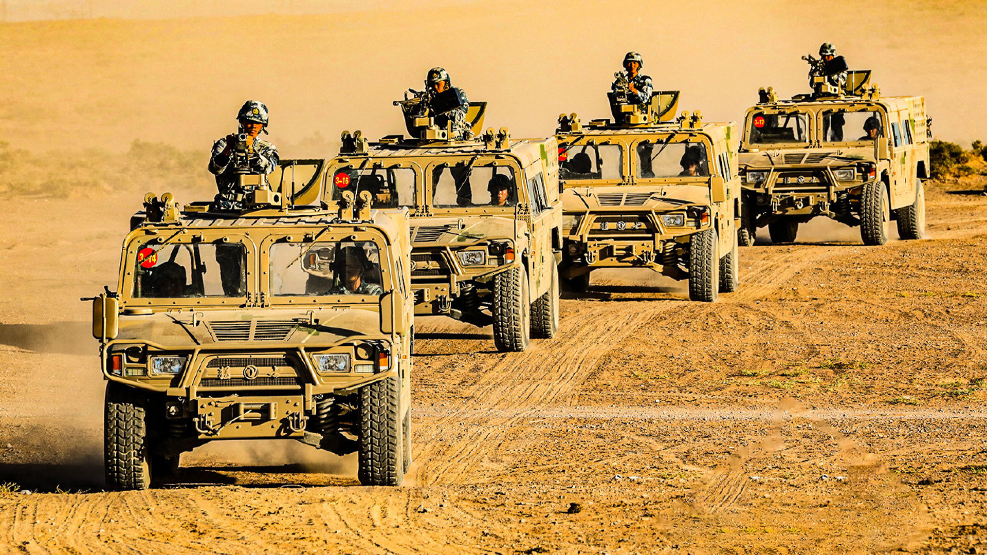 Chinese Humvees 001.jpg