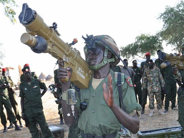 Chinese-made_QW-2_MANPADS_missile_now_in_service_with_Sudanese_People_Liberation_Army_640_001.jpg