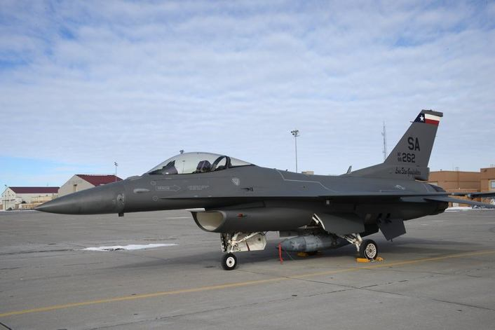 F-16-darker-color-scheme-2.jpg