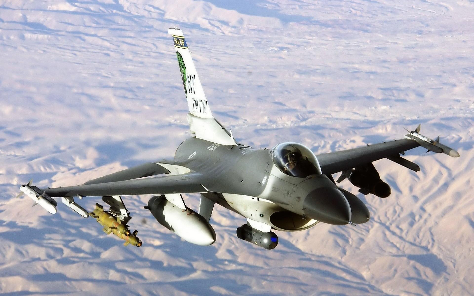 F-16 Fully Loaded.jpg