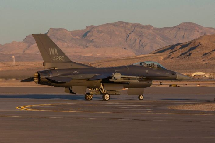 F-16-Have-Glass-Aggressors.jpg
