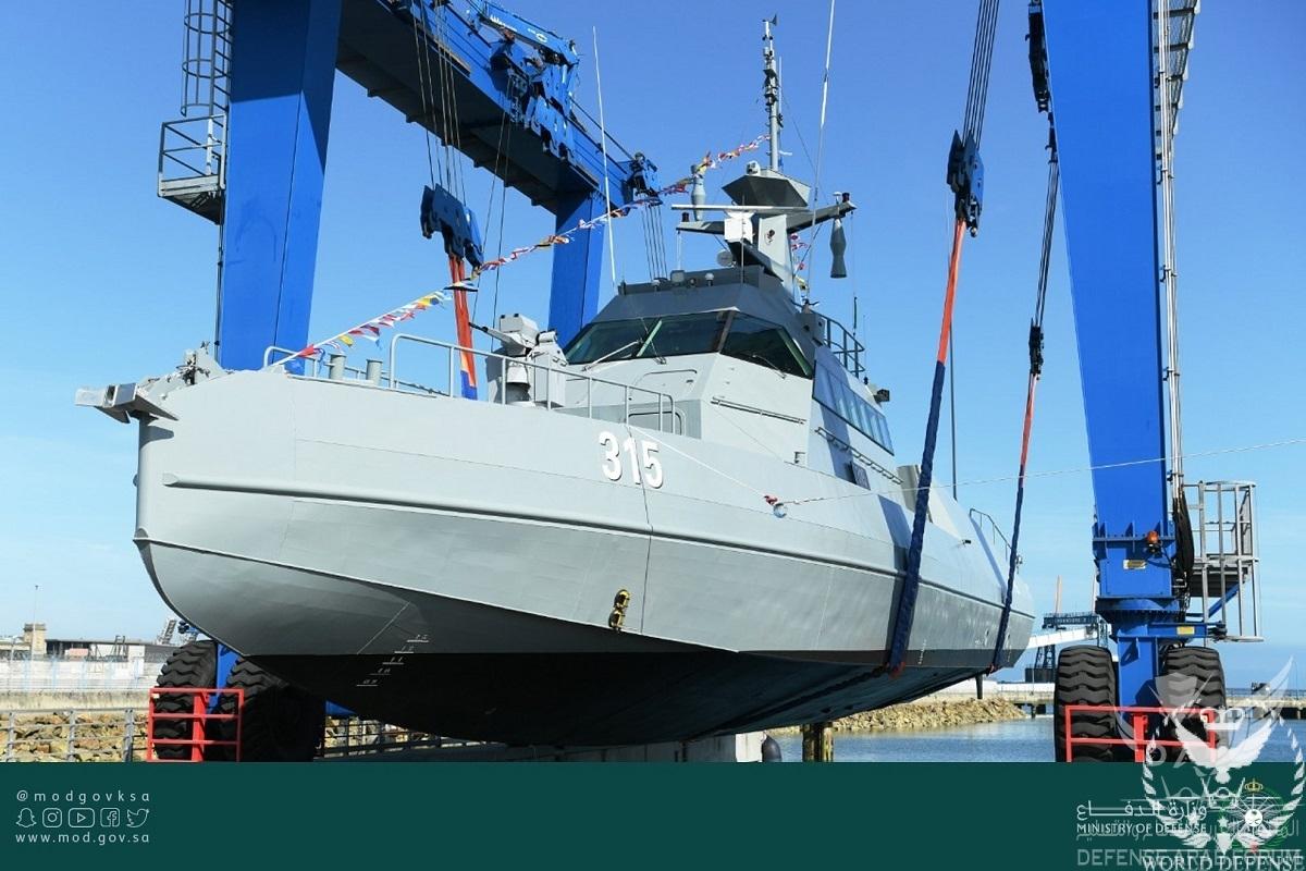 French-Shipyard-CMN-Delivers-First-2-of-39-HSI32-Interceptors-for-Saudi-Arabia-1.jpg