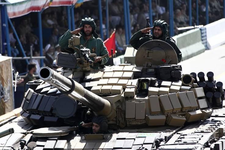 Iran army.jpg