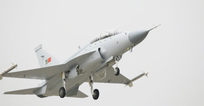 JF-17B-04-692x360.png