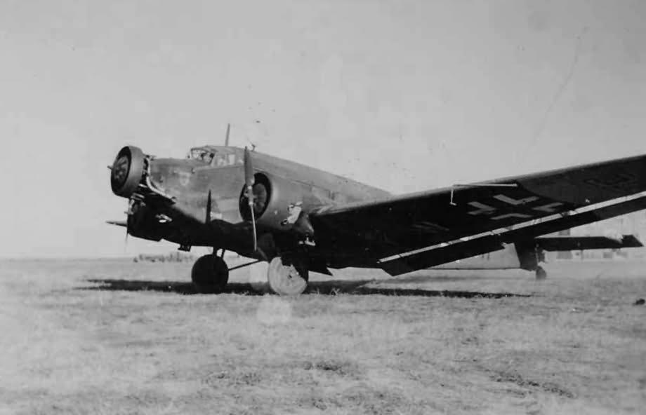 Junkers_Ju_52_39.jpg