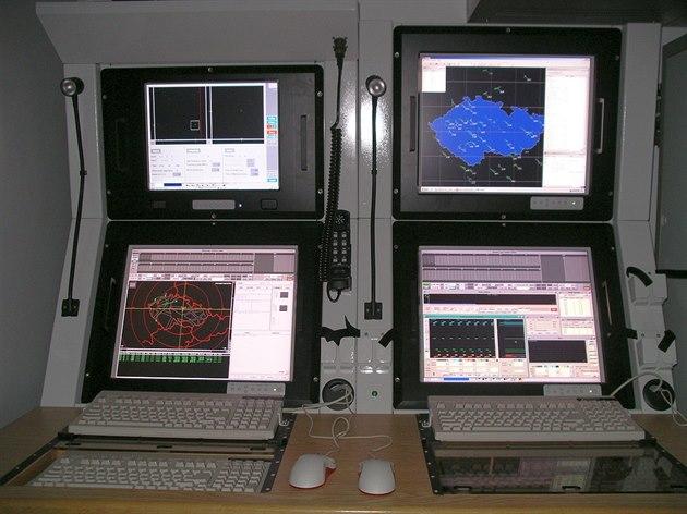 MT532dcc_VERA_NG_displays.jpg