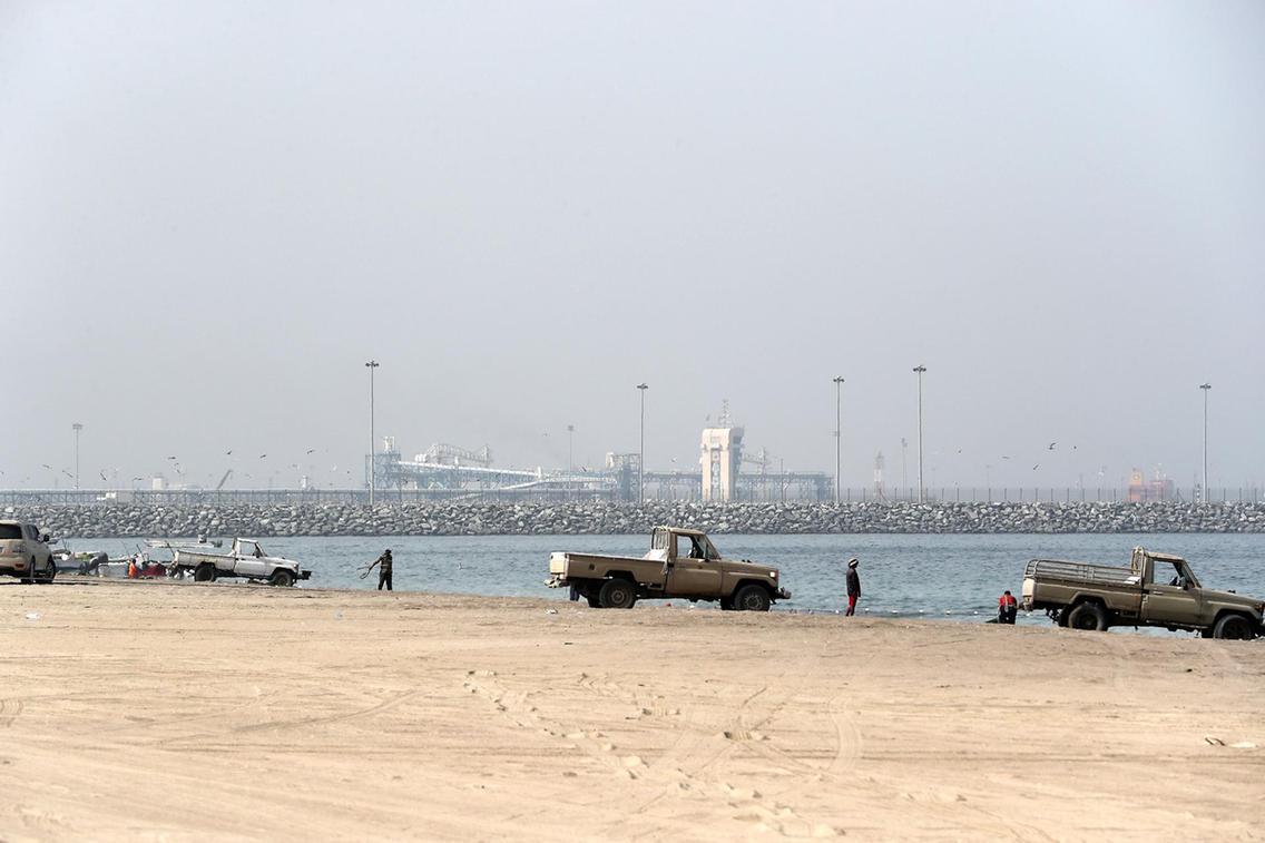 PS1205- FUJAIRAH PORT04 - Copy.jpg