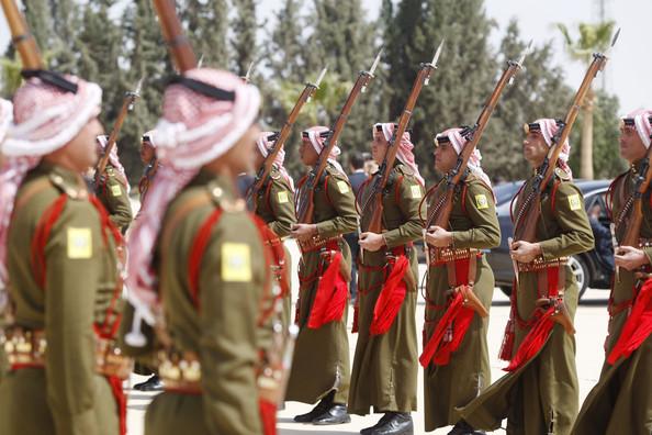 Fuerzas Armadas de Jordania Royal-guards-jpg