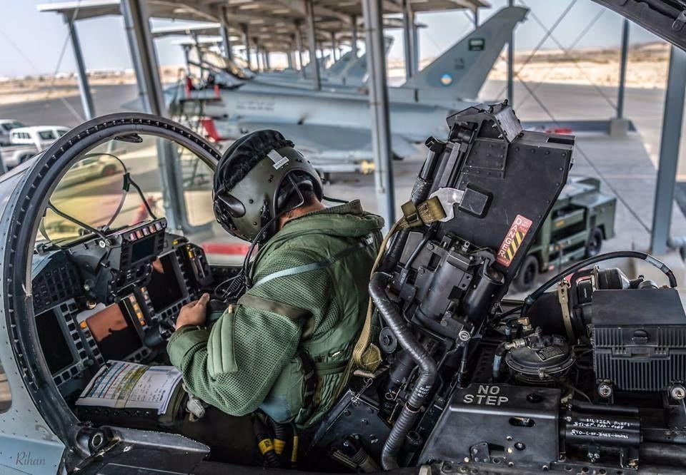 royal saudi airforce 96785.jpg