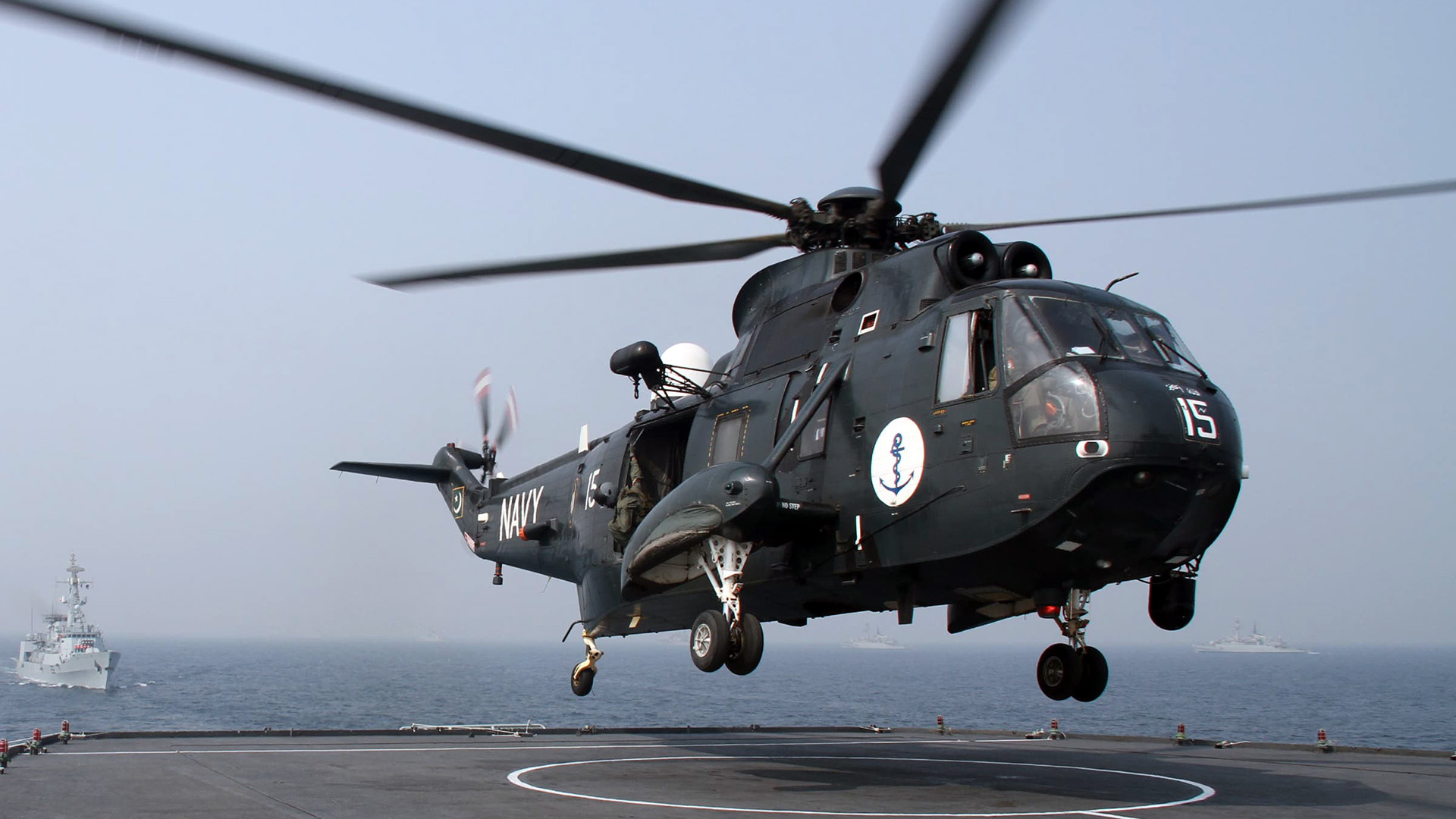 Sea-King-Pakistan-Naval-Air-Arm - Copy.jpg