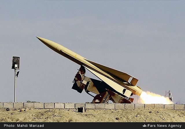 Shalamcheh_surface-to-air_medium_range_missile.jpg