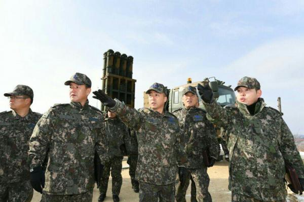 South-Korea-reviewing-mass-production-of-surface-to-air-missiles.jpg