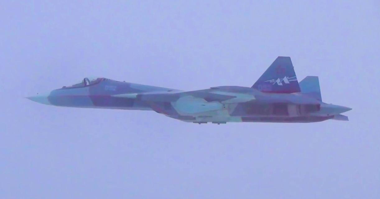 SU57_first-flight-new-engine.jpg