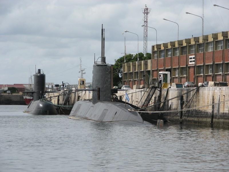 SubmarinosTR.jpg