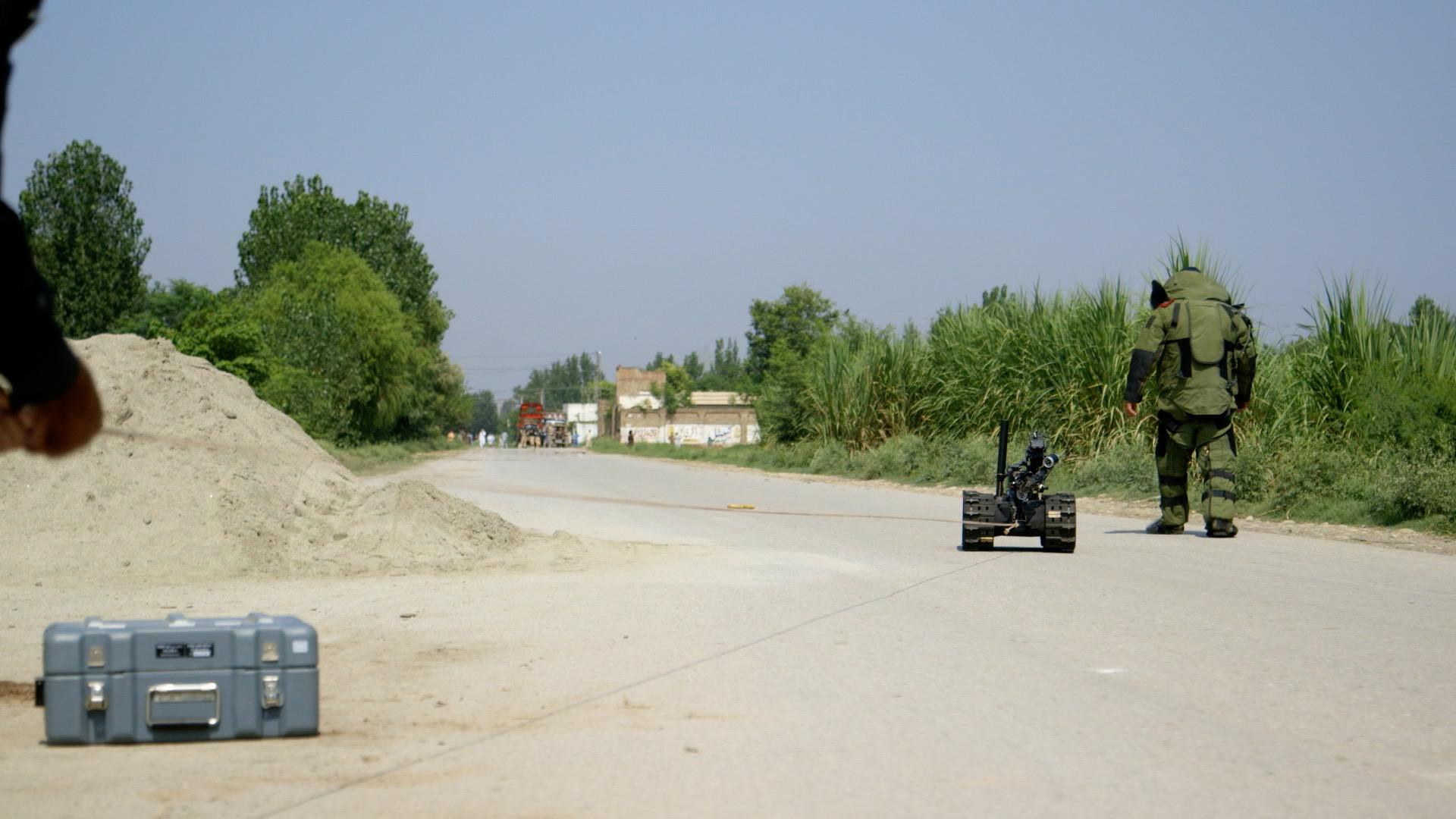 TEHRIK-I-TALIBAN-PAKISTAN_STILL_3.jpg