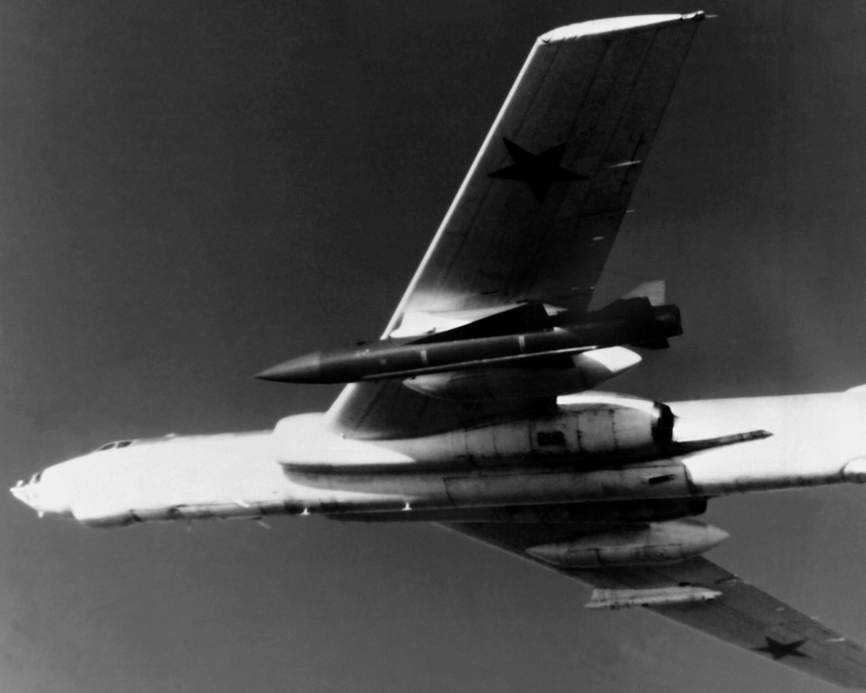 Tu-16_Badger_G.jpg