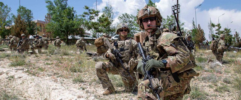 us-troops-afghanistan-01-ht-jc-191021_hpMain_12x5_992 - Copy.jpg