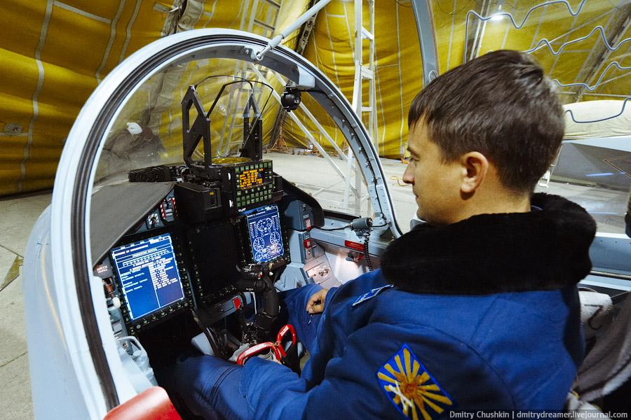 yak-130 pilot seat.jpg