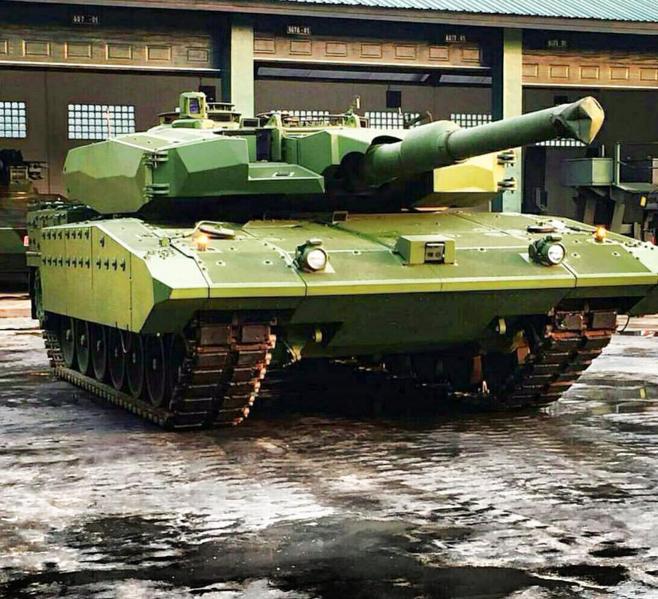 Indonesian Leopard-2RI MBT .jpg